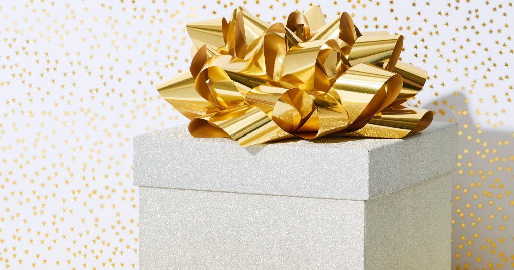 Holiday Shopping Can Help Small Businesses During COVID