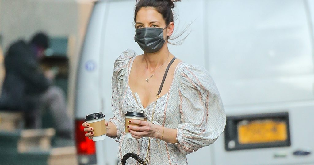 Katie Holmes Wore A Spring Dress With Sneakers